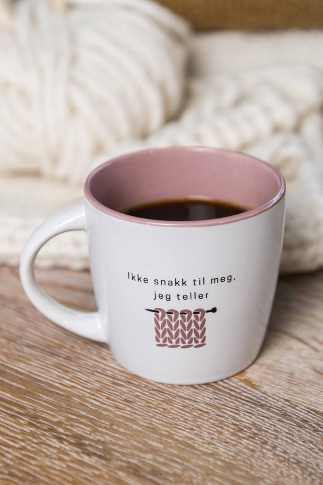 Ikke snakk til meg, jeg teller kopp